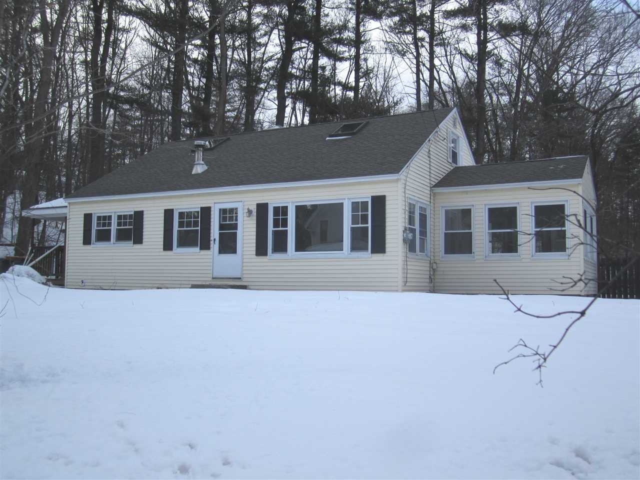 Photo of 30 Pine Street Hooksett NH 03106