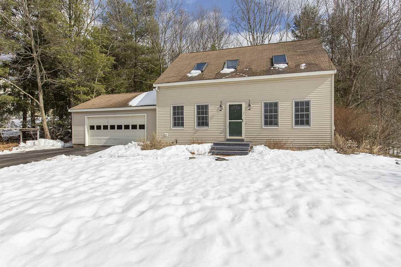 Photo of 23 Bennett Way Newmarket NH 03857