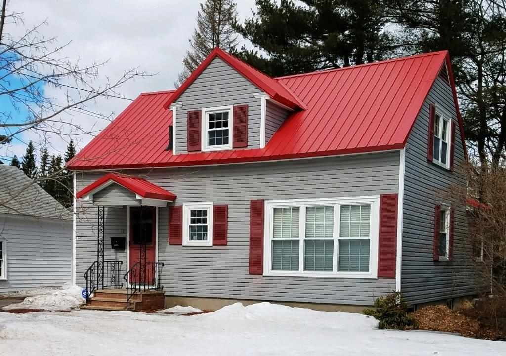 Laconia NH Home for sale $$169,000 $144 per sq.ft.