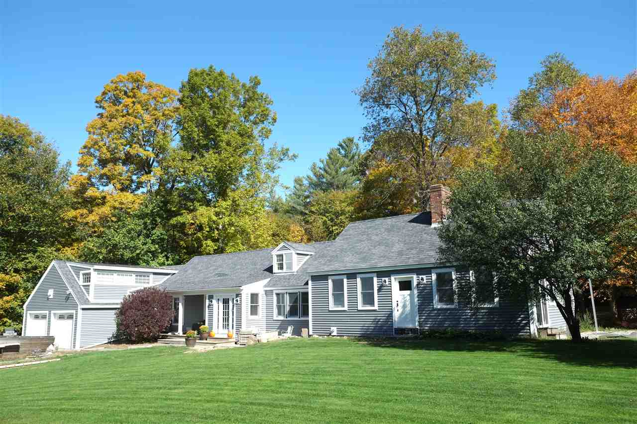 MLS 4741332: 43 Sawyer Brook Road, Orford NH