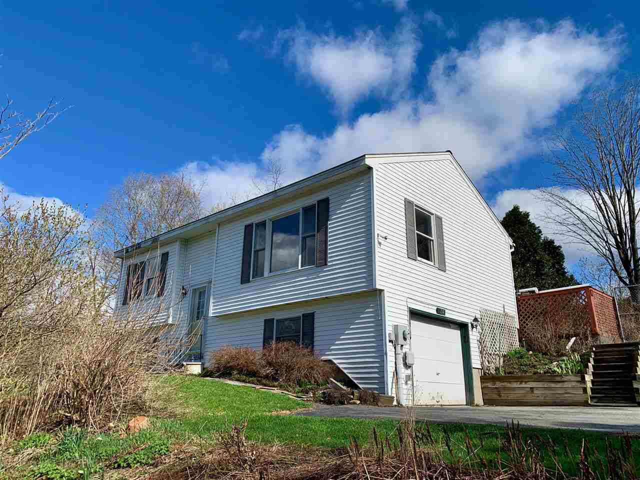 Hartford VT Home for sale $209,000