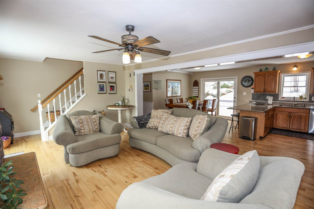 SUNAPEE NH Home for sale $$349,000 | $223 per sq.ft.