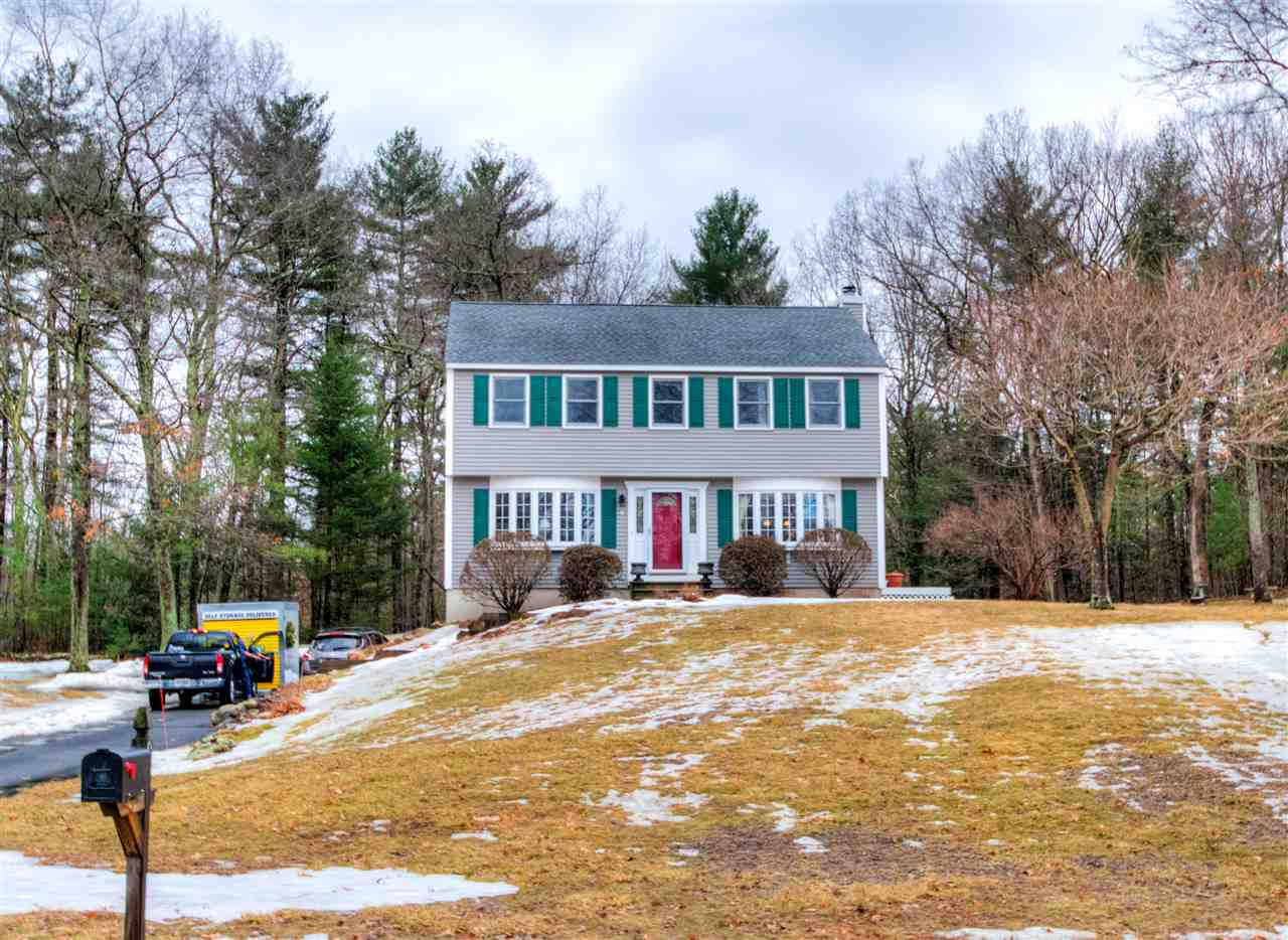 Photo of 9 Greenwich Road Litchfield NH 03052