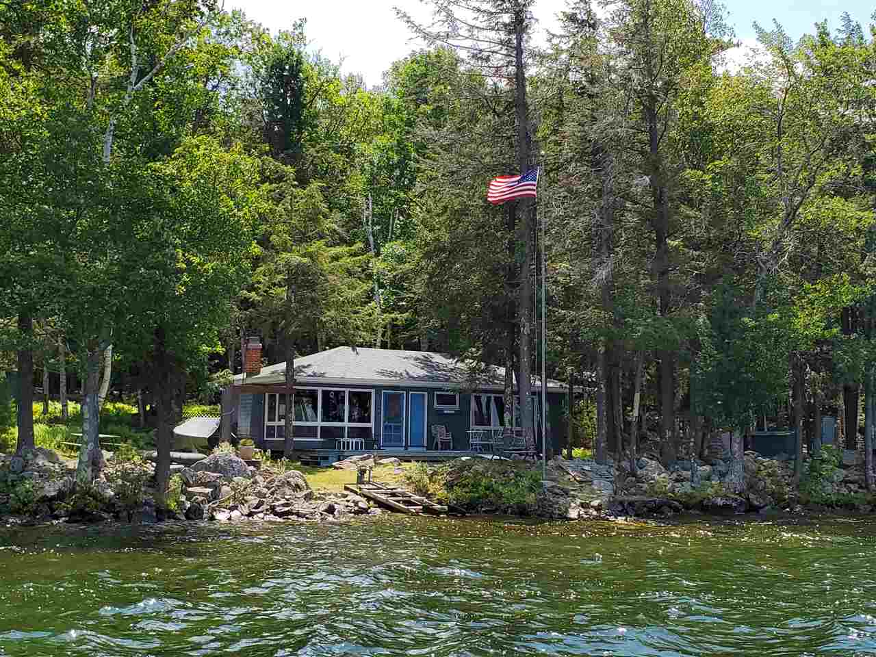 MLS 4741942: 24 Welch Island, Gilford NH