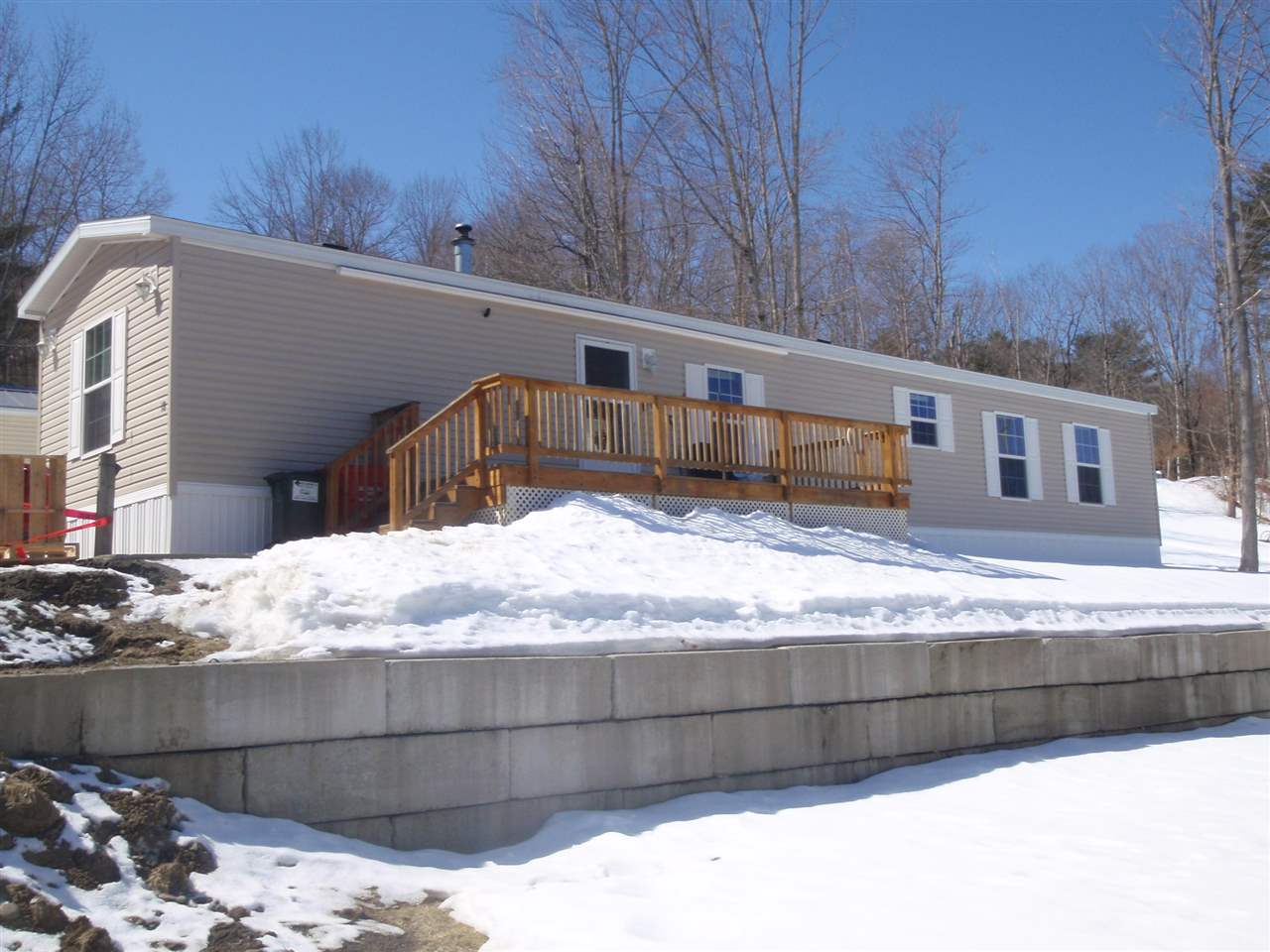 LEBANON NH Mobile-Manufacured Home for sale $$74,500 | $81 per sq.ft.
