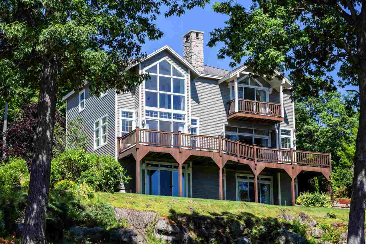 LACONIA NH Home for sale $1,095,000