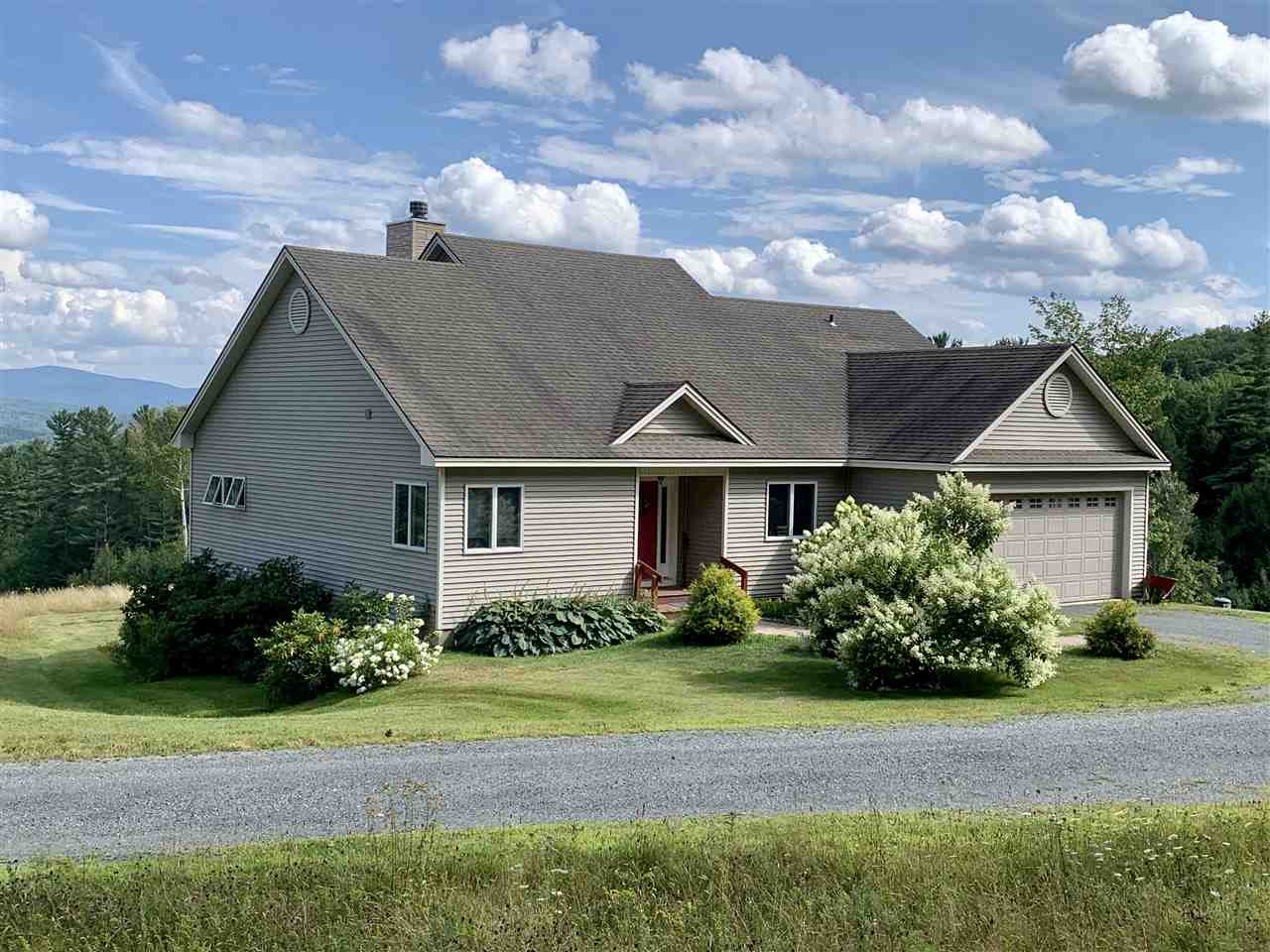 MLS 4742658: 179 Clay Hill Road, Hartland VT