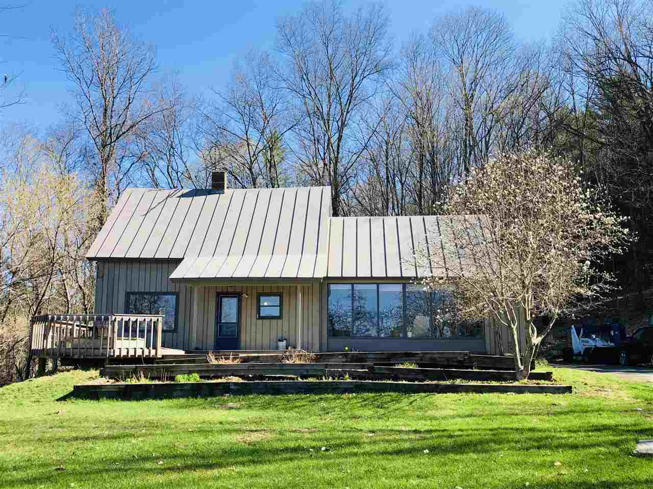 SHARON VT Home for sale $$239,000 | $127 per sq.ft.