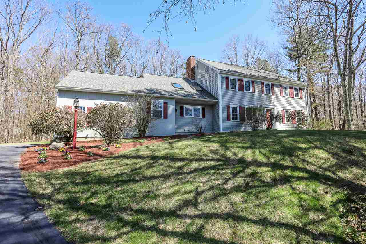 Photo of 7 Boxwood Road Bedford NH 03110