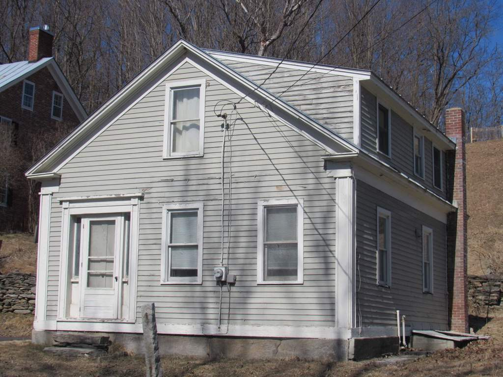 Village of Quechee in Town of Hartford VT Home for sale $List Price is $140,000