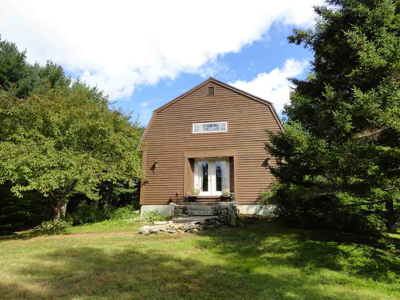 BRIDGEWATER NH Home for sale $259,900