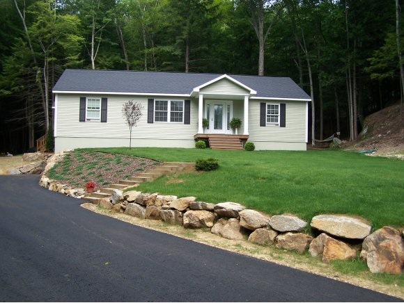 BRISTOL NH  Home for sale $222,000