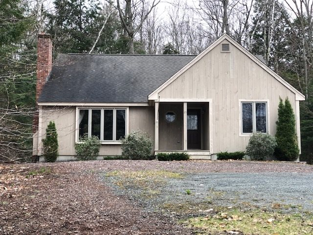 Grantham NH 03753 Home for sale $List Price is $236,000