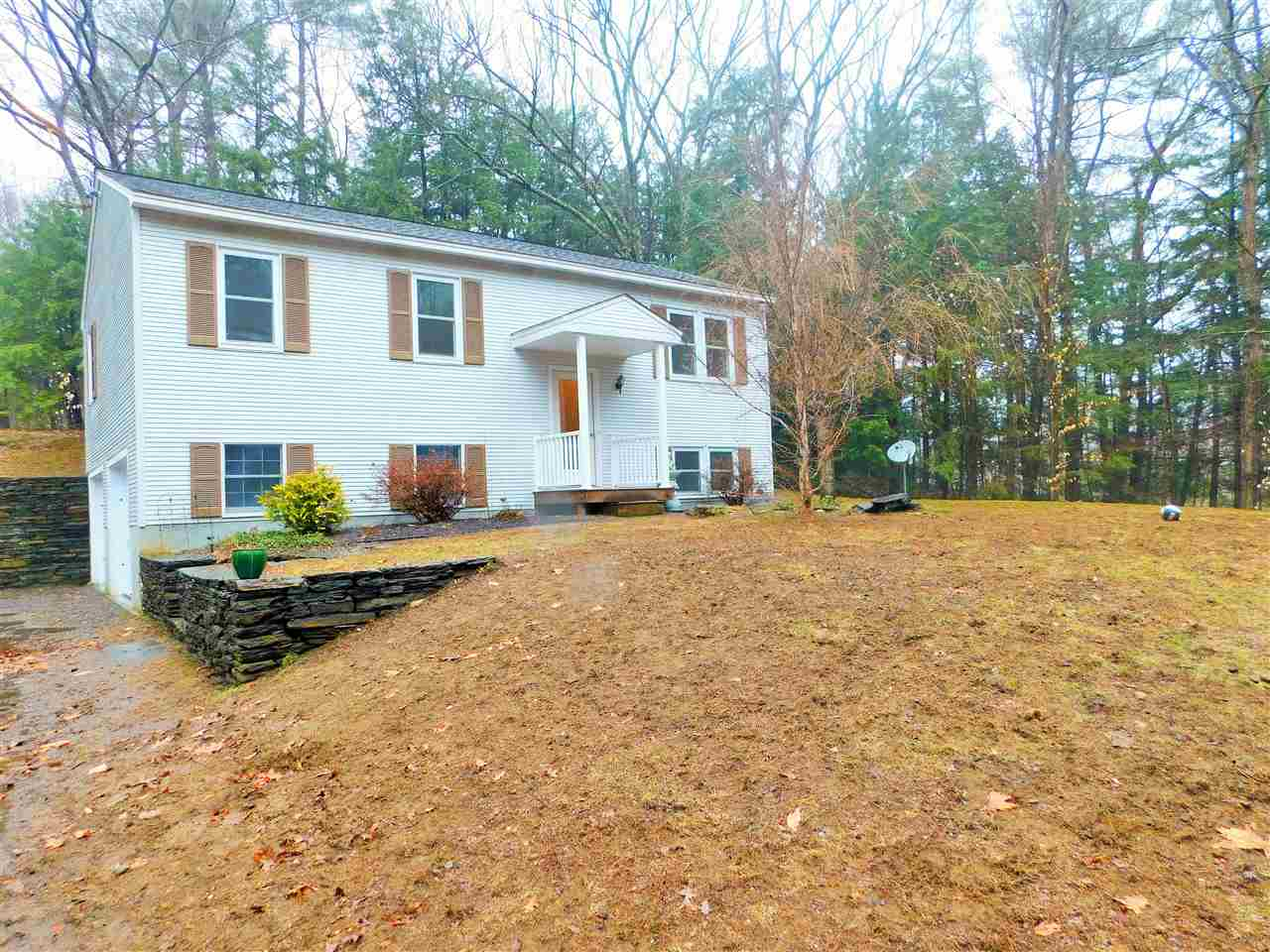 MLS 4744852: 4 Cobleigh Estates Road, Chesterfield NH