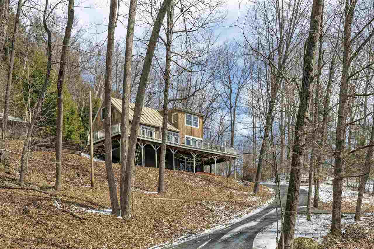LYME NH Home for sale $$310,000 | $189 per sq.ft.