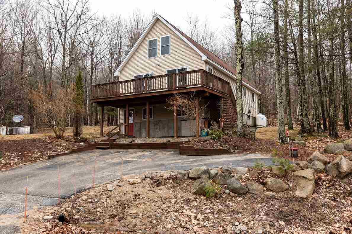 VILLAGE OF COPPLE CROWN IN TOWN OF NEW DURHAM NH Home for sale $177,500