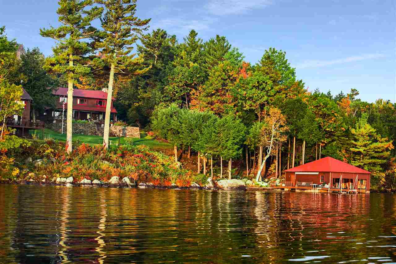 SUNAPEE NH Lake House for sale $$4,950,000 | $1,279 per sq.ft.