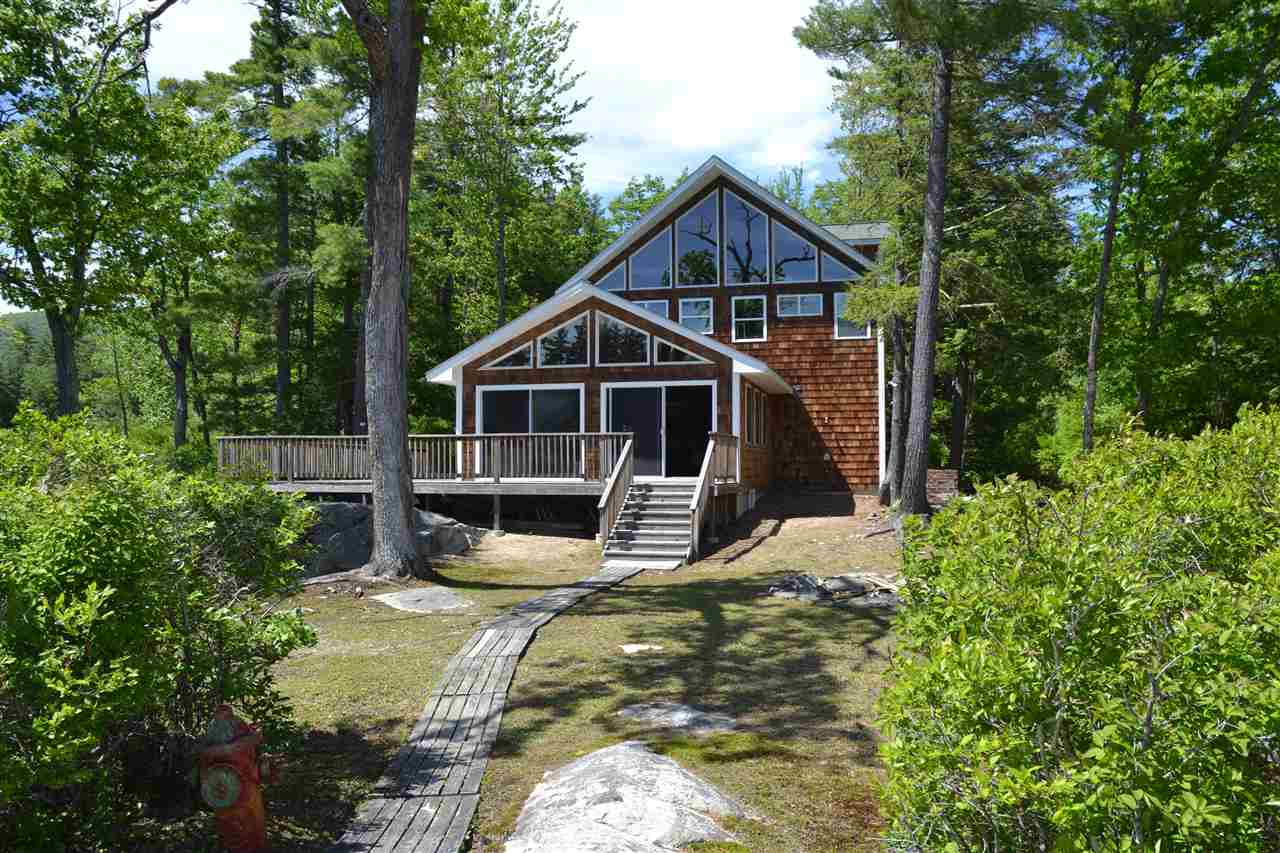 MLS 4746845: 30 Badger Island Point, Moultonborough NH