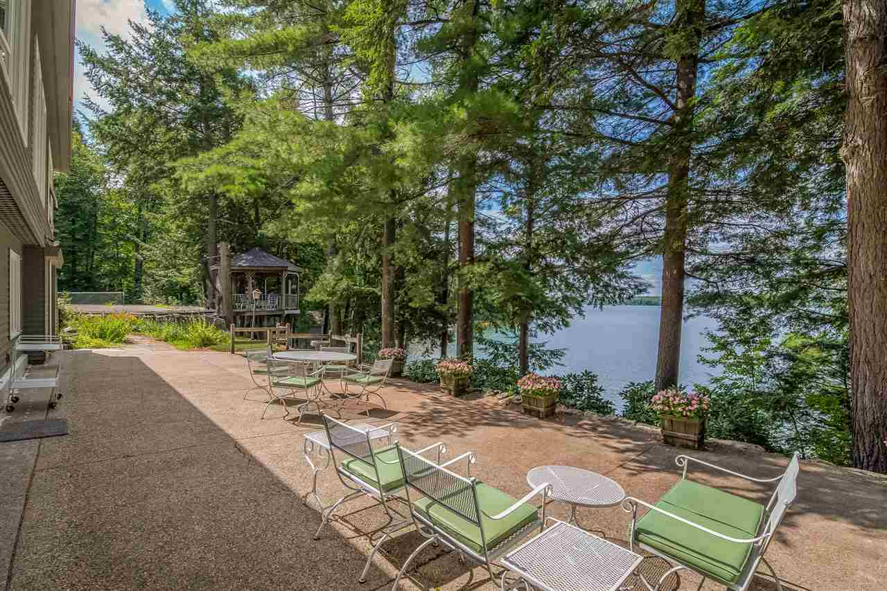 waterfront home for sale in Wakefield