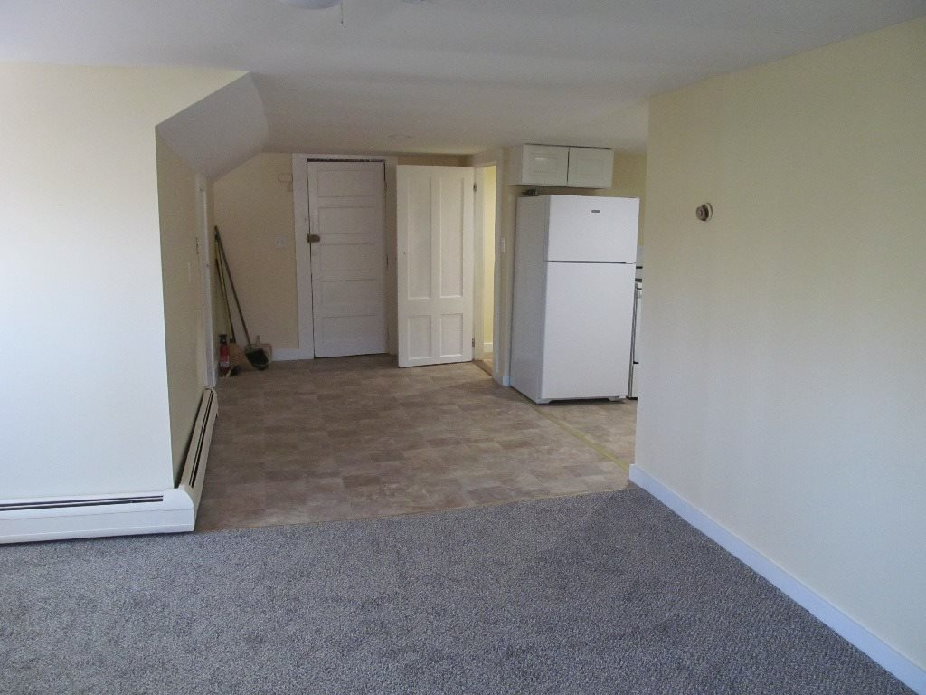 Claremont NH  for rent $$900 Monthly Rent with Lease Term