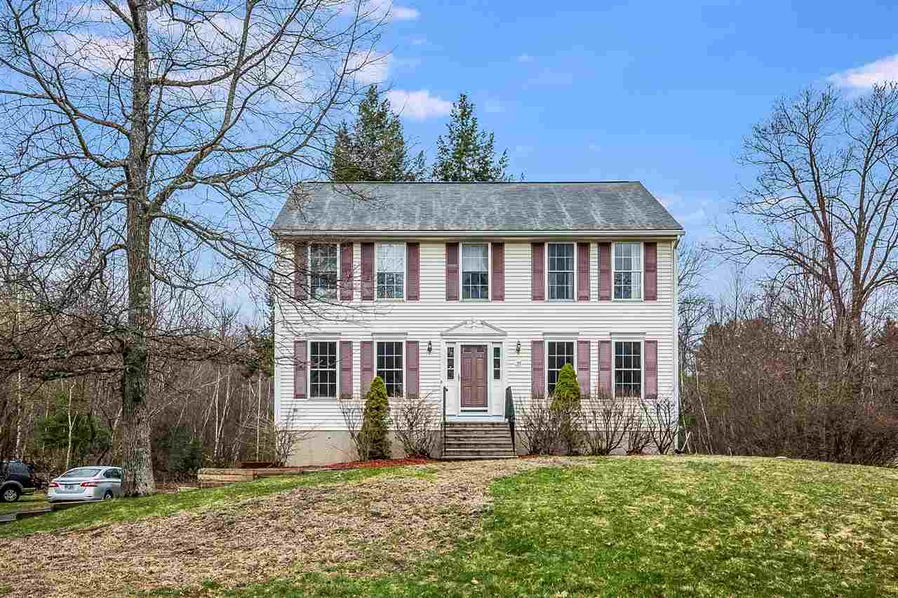 Photo of 39 Drew Woods Drive Derry NH 03038