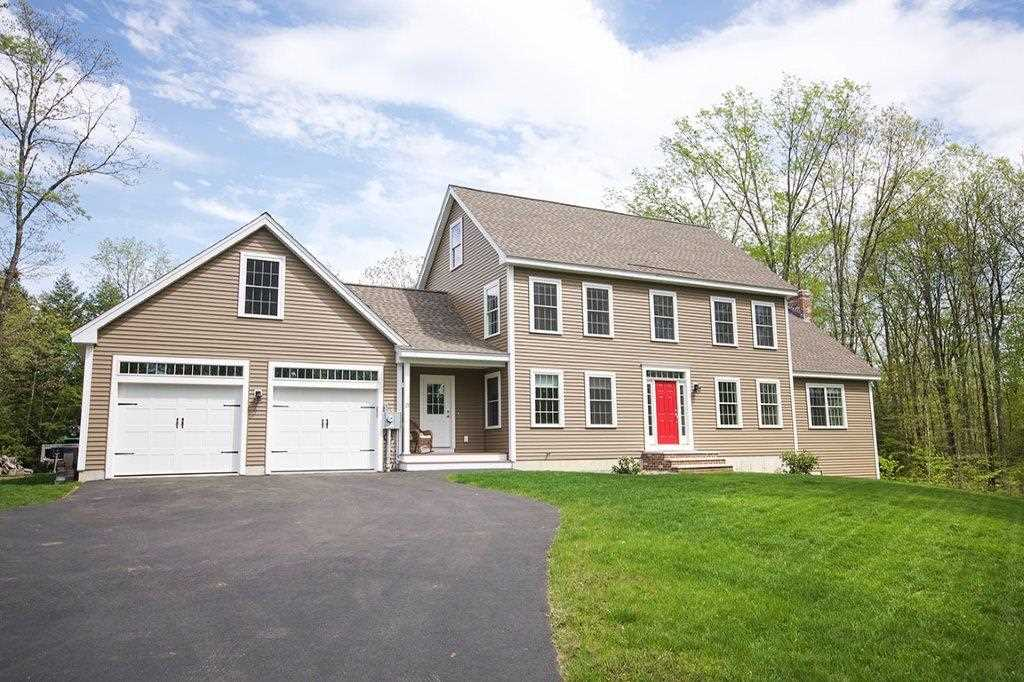 SANDOWN NH  Home for sale $535,000