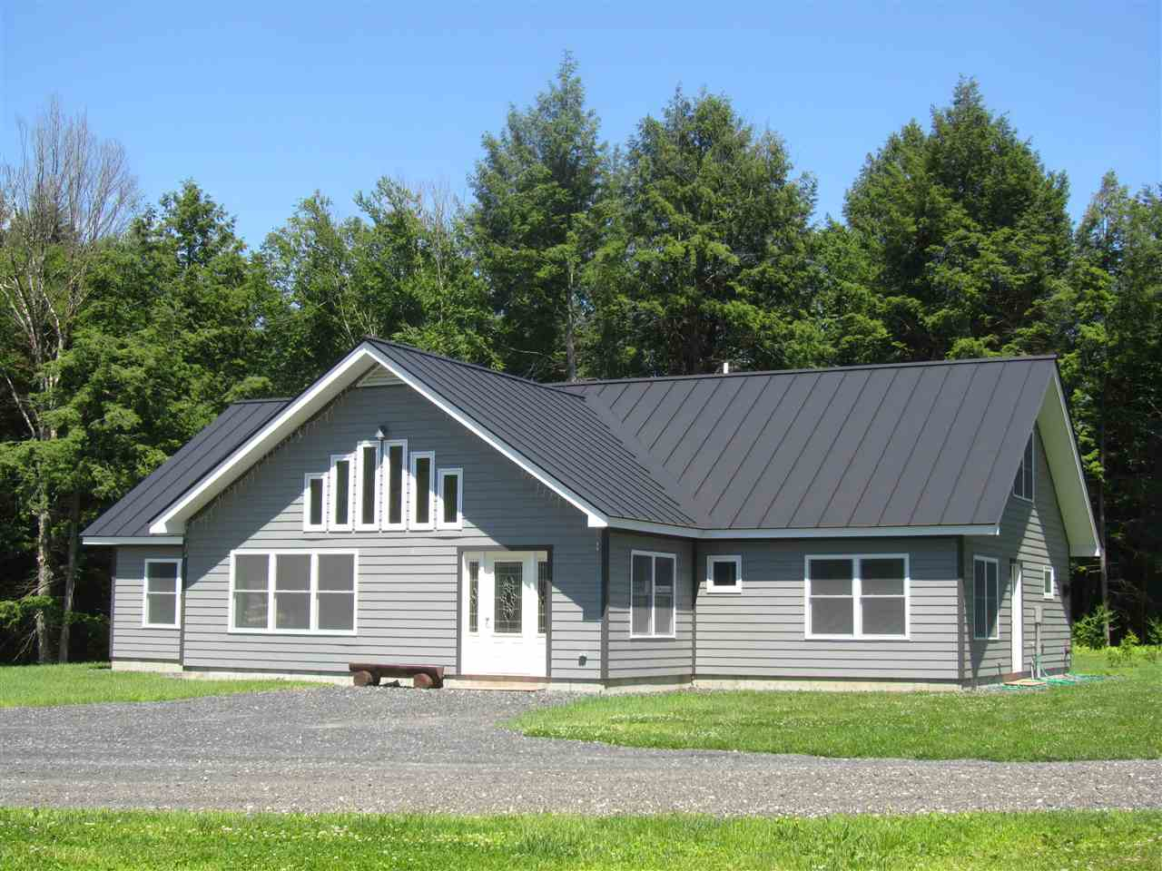 ROYALTON VT Lake House for sale $$350,000 | $125 per sq.ft.