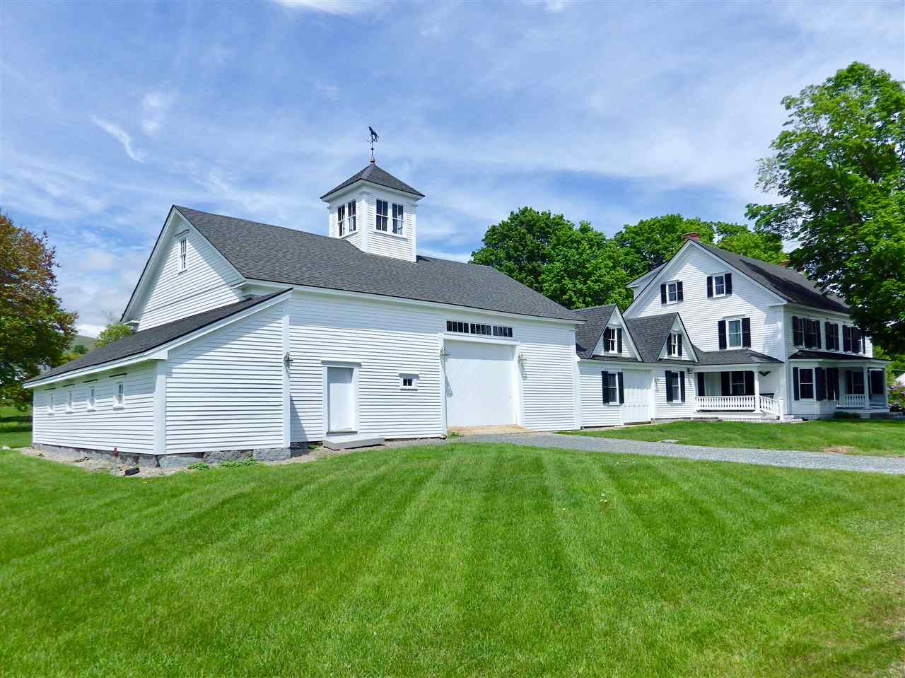 VILLAGE OF MELVIN VILLAGE IN TOWN OF TUFTONBORO NH Home for sale $675,000