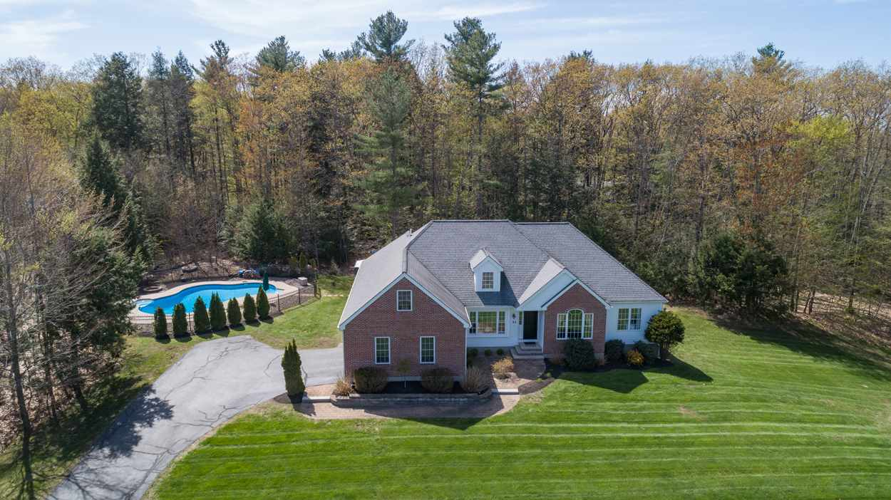 Photo of 31 Penacook Road Chester NH 03036