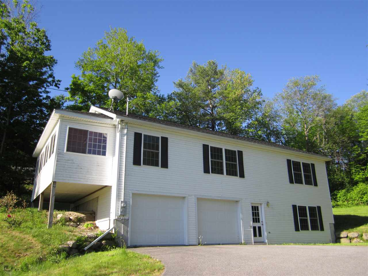 SUNAPEE NH Home for sale $$269,000 | $200 per sq.ft.