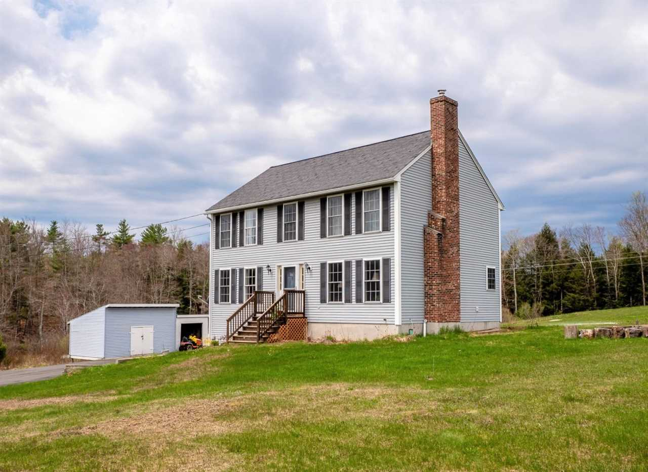 Photo of 176 Laconia Road Pittsfield NH 03263