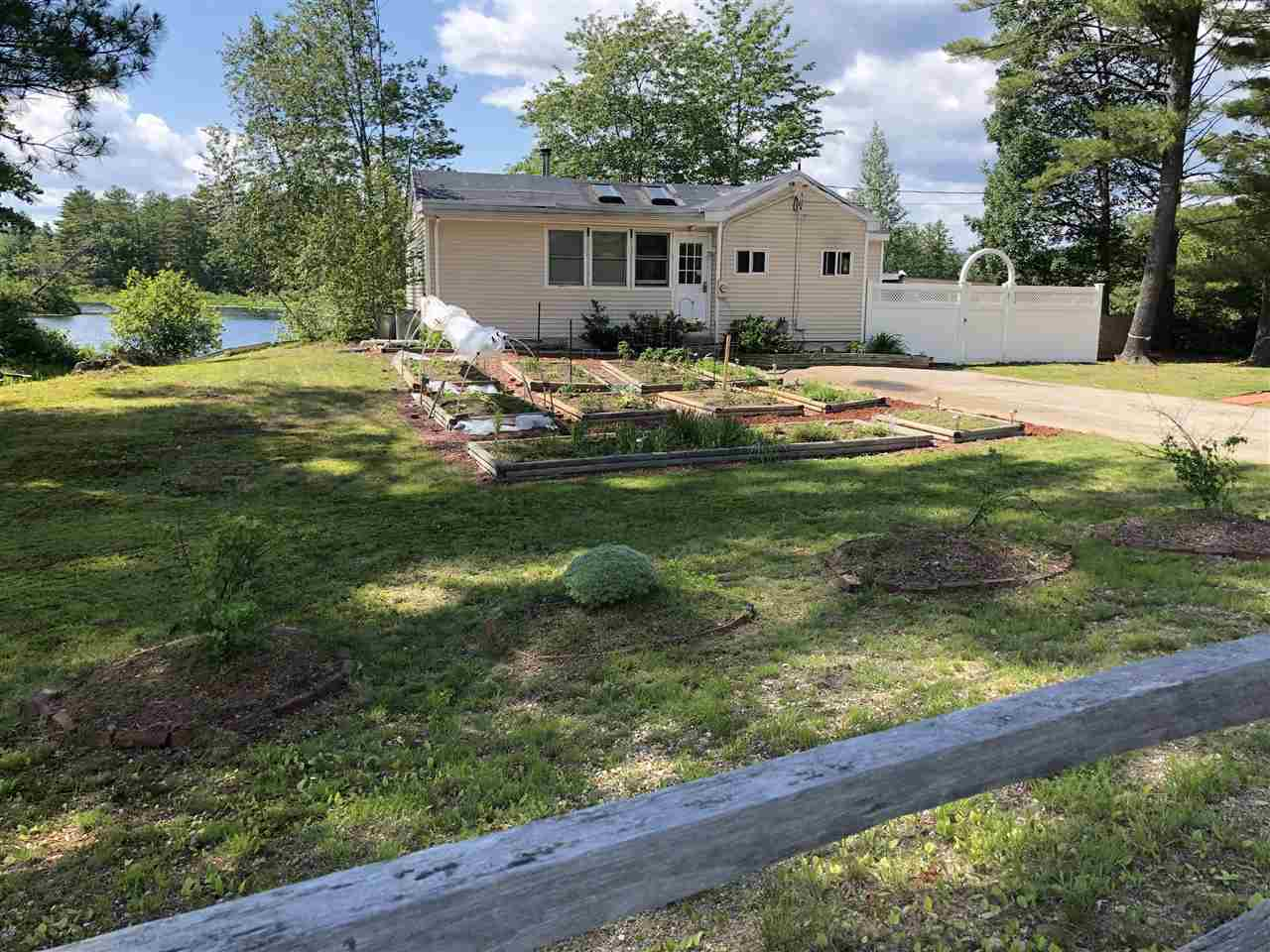 NEW DURHAM NH Home for sale $225,900