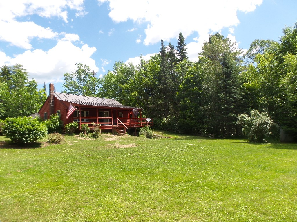 DORCHESTER NH Lake House for sale $$219,000 | $285 per sq.ft.