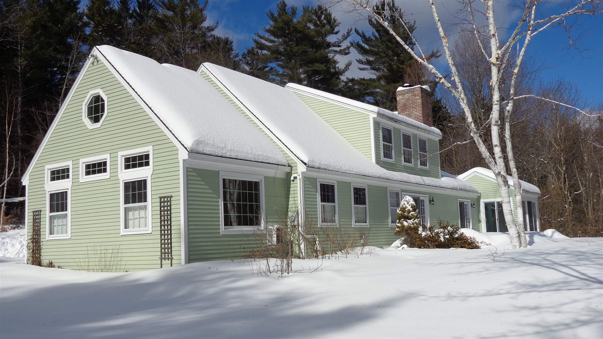 NEW LONDON NH Home for sale $$565,000 | $174 per sq.ft.