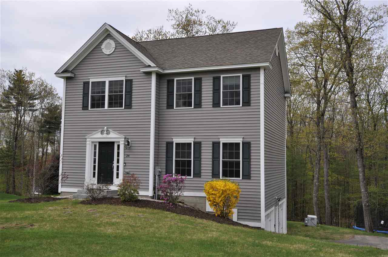 Photo of 24 Fieldstone Drive Goffstown NH 03045