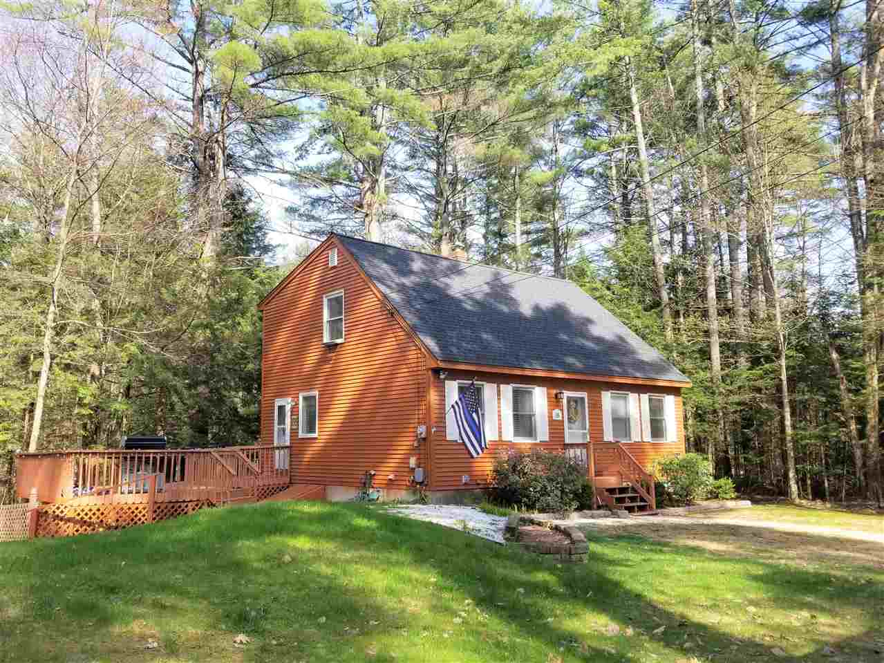 Photo of 16 Wentworth Lane Barnstead NH 03225