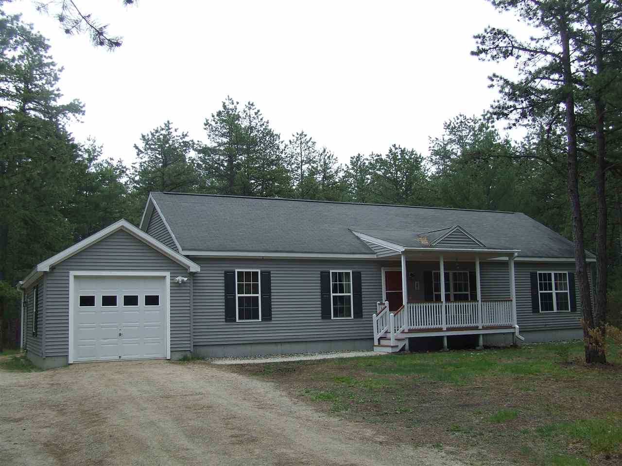 Photo of 284 Silver Pine Lane Tamworth NH 03886