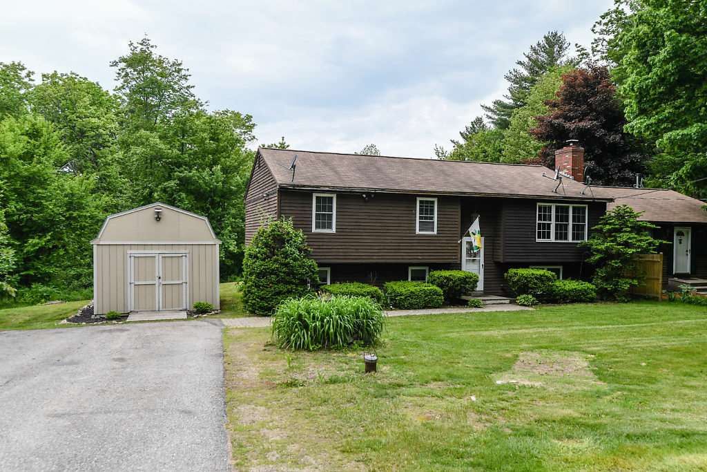 Photo of 15 Fordway Road Raymond NH 03077