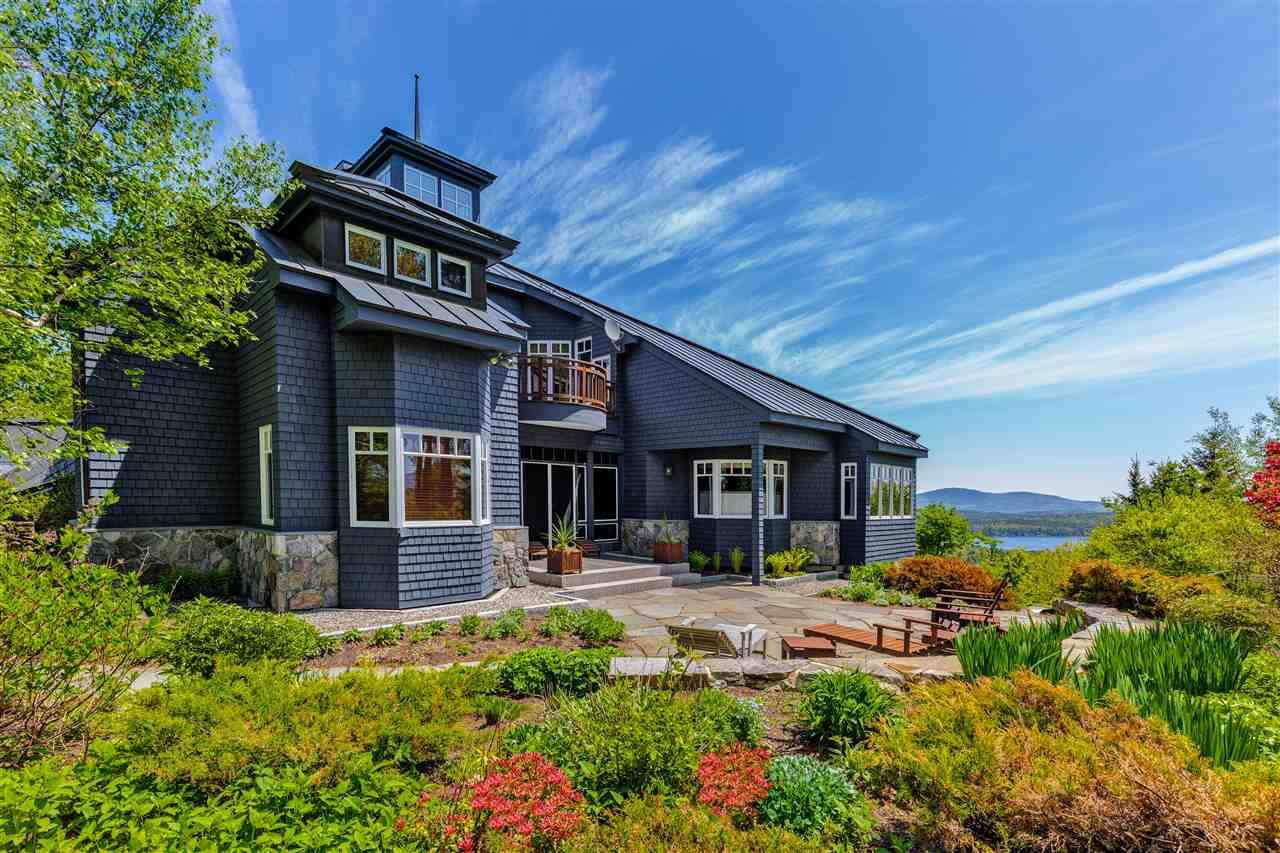 SUNAPEE NHHome for sale $$1,995,000 | $349 per sq.ft.