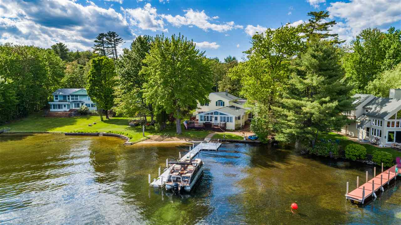 MLS 4756207: 19 Cummings Cove Road, Meredith NH