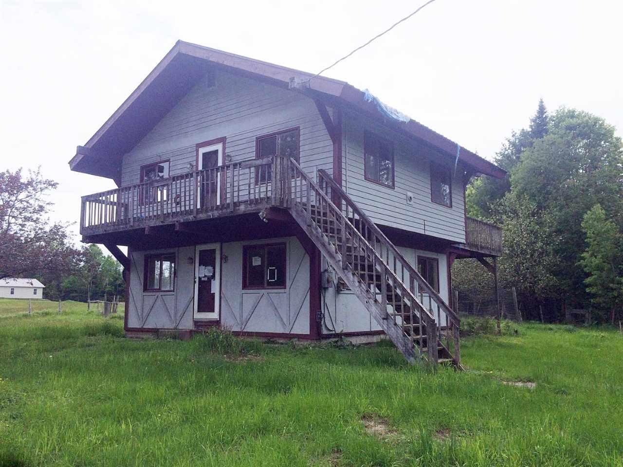 Real Estate  in Hardwick VT