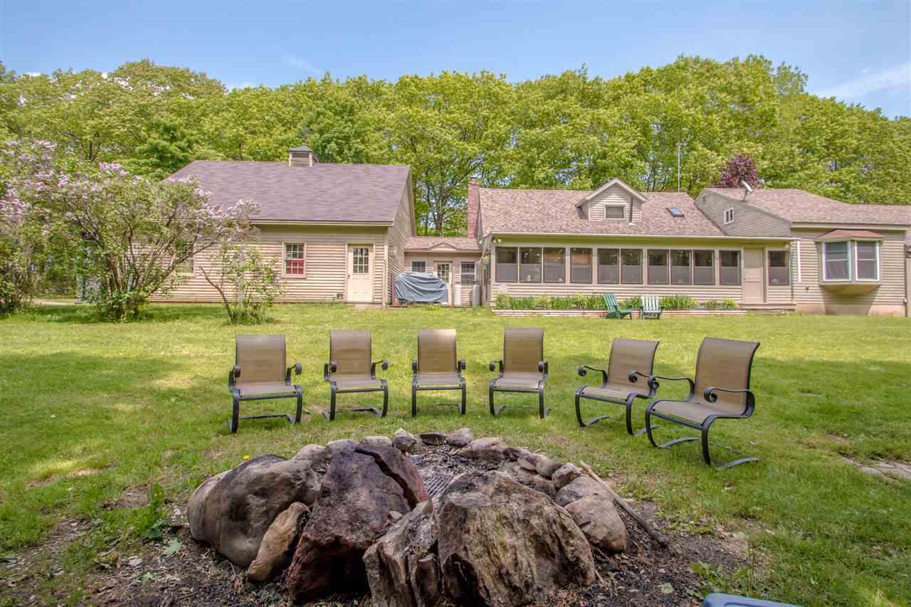 GILMANTON NH Home for sale $305,000