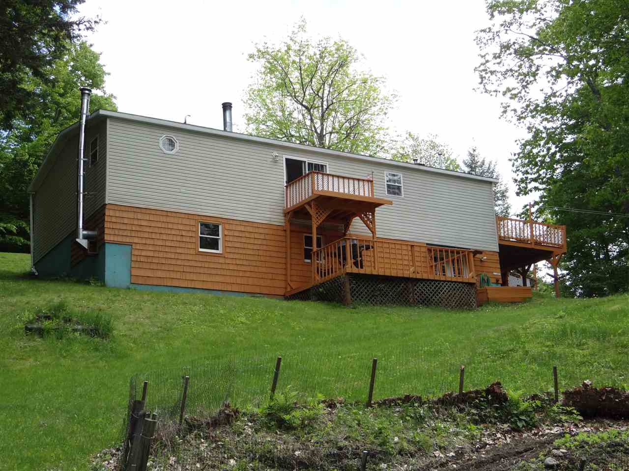 SHARON VT Home for sale $$149,000 | $106 per sq.ft.