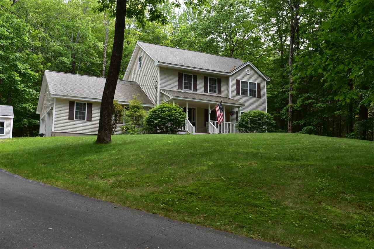CENTER HARBOR NH Home for sale $318,800