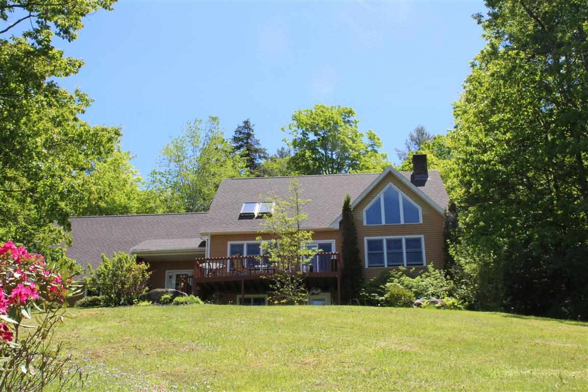 SUNAPEE NH Home for sale $$374,000 | $128 per sq.ft.