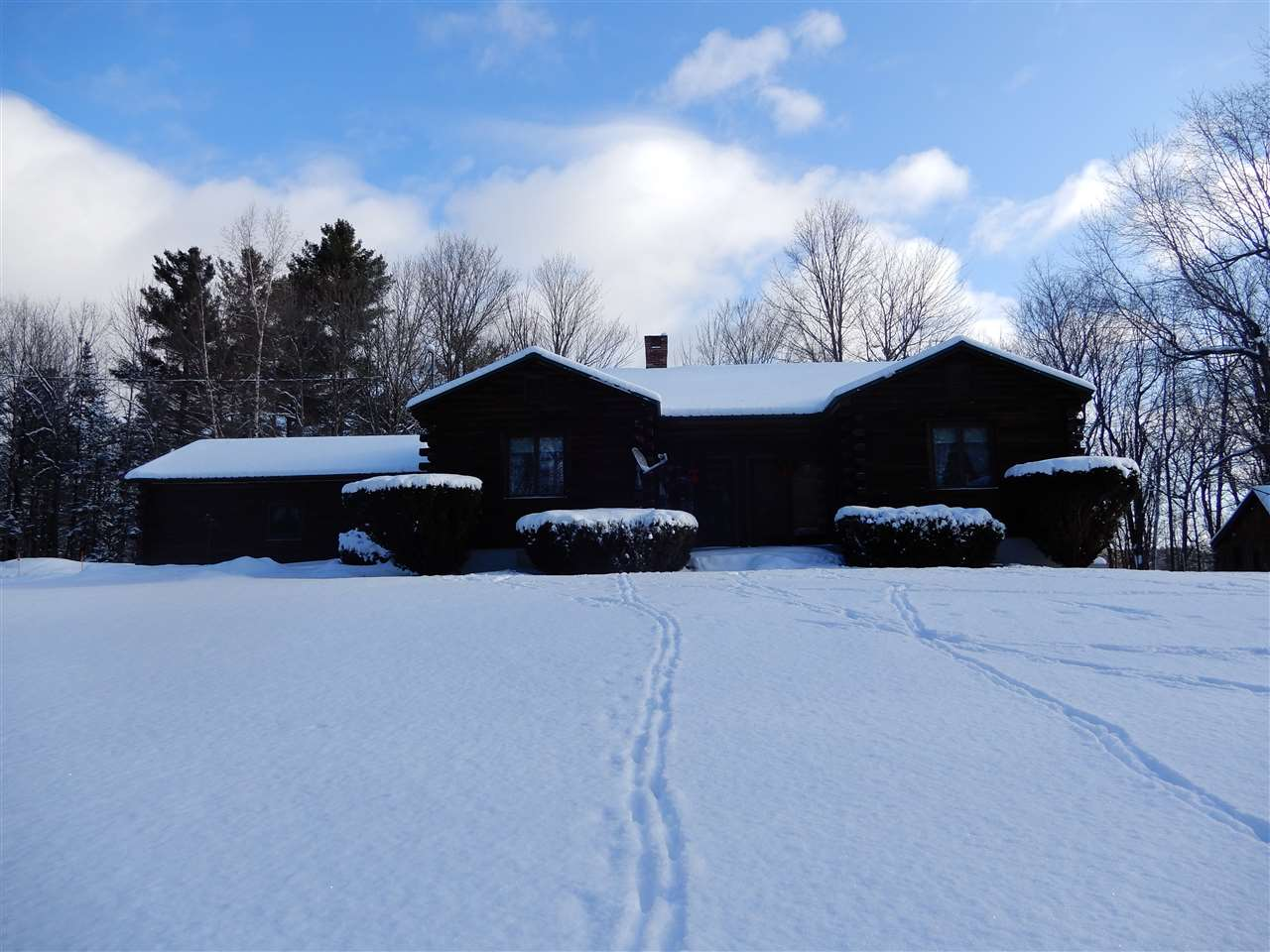 DORCHESTER NH Home for sale $$349,000 | $140 per sq.ft.