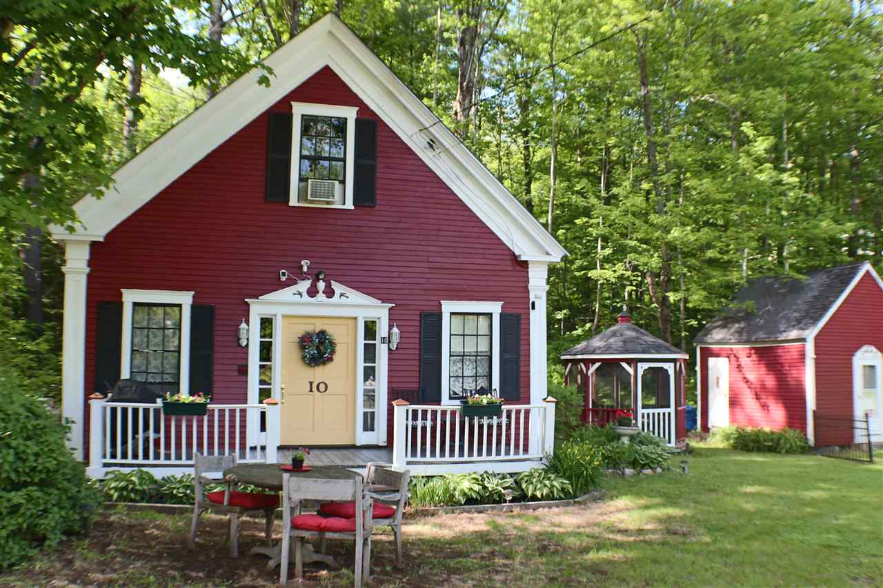 SANDWICH NH  Home for sale $189,600