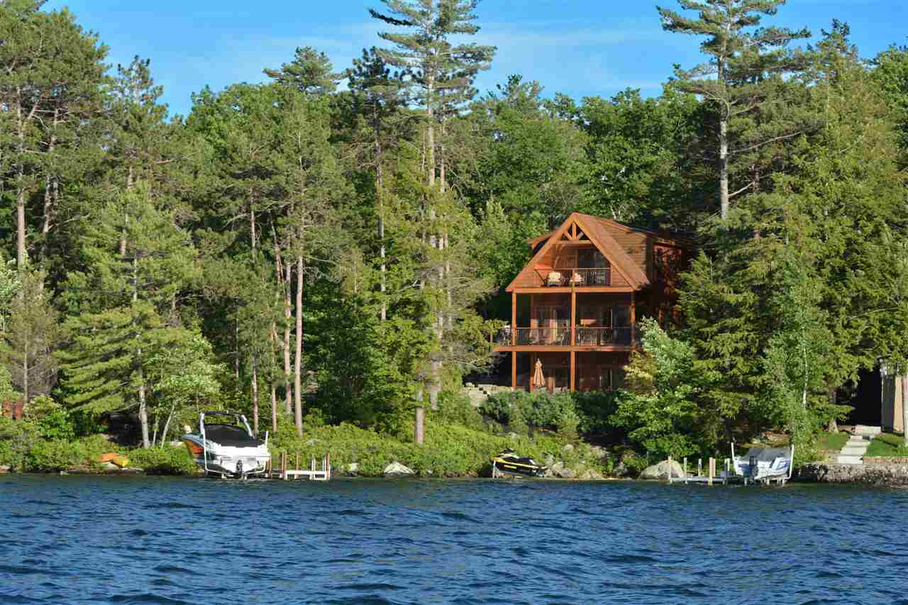 MLS 4758042: 44 Black Cat Island Road, Moultonborough NH