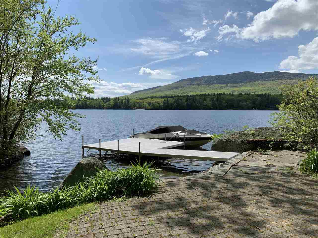 MLS 4758914: 575 Thorndike Pond Road, Jaffrey NH