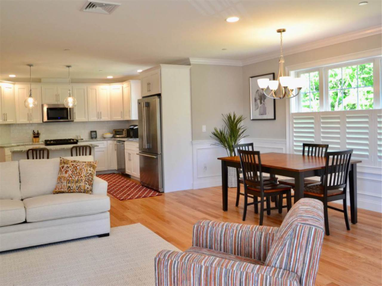 Bright, open and flexible floor plan for one level of living.
